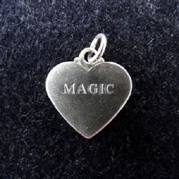 DISCONTINUED Magic Heart Charm