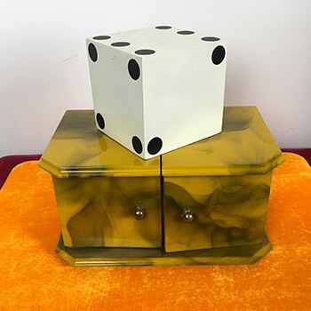 Yellow Smoke Die Box *PREOWNED*