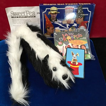 SOLD Magic Grab Bag #14 Including Sweet Pea Skunk Puppet *PREOWNED*