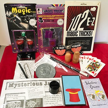 SOLD Magic Grab Bag #23 Including Expanding Wand *PREOWNED*